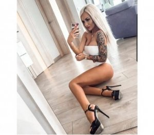 Nila escorts in Hurstpierpoint
